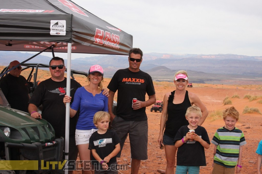The Fasst crew of Cole and his family, and Mad Mike Farmer from Maxxis with his family.